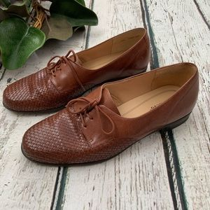 Trotters Lizzie Woven Oxford LaceUp Size 10W Brown